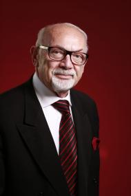 Dr Nael Bunni